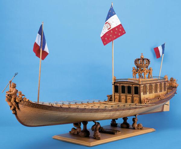 Sie sehen Bilder des folgenden Exponats: Le Canot Impérial